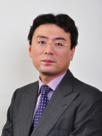 Yasuaki Tsukada